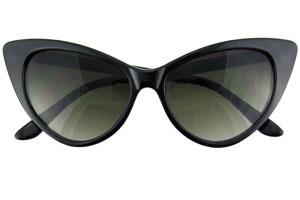 Retro City Sunglasses Giveaway